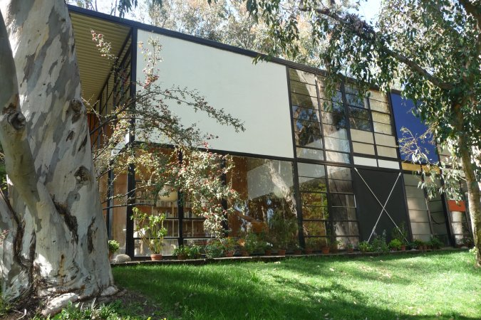 eames house and studio case study house 8 los angeles conservancy. Black Bedroom Furniture Sets. Home Design Ideas