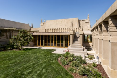 Los angeles county museum of art lacma los angeles for Hollyhock house