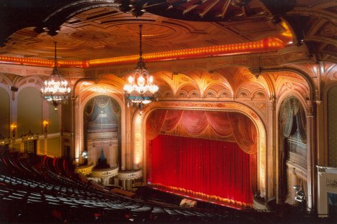 Broadway Historic Theatre And Commercial District Walking